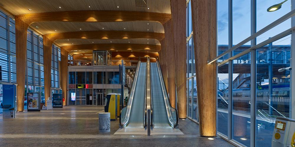 the european centre lorient bretagne sud railway station. Black Bedroom Furniture Sets. Home Design Ideas